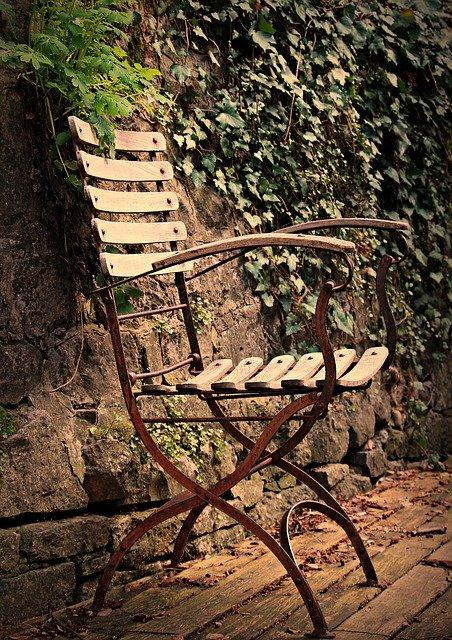 meble malowanie krzesło