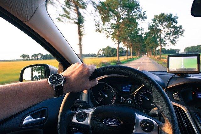 uchwyt nawigacja samochód