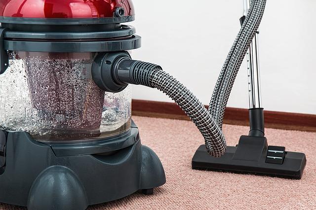 odkurzacz sprzątanie dom