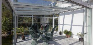 meble ogród kwiaty krzesła stół